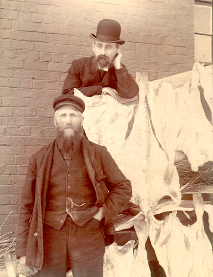 Job Brothers & Co.'s wharfinger and assistant, north side premises