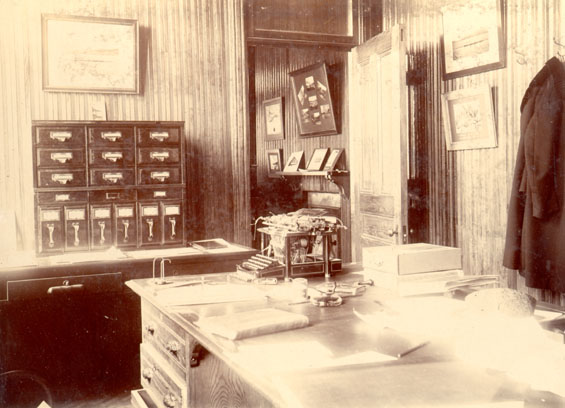 Job Brothers & Co. shipping office