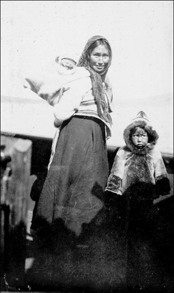 Indigenous woman with children