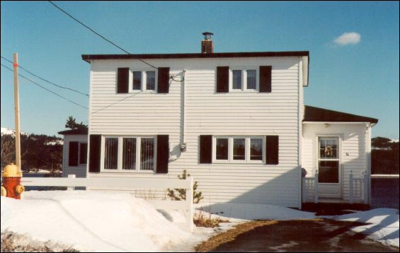 Brown house, Arnold's Cove, moved from Tack's Beach