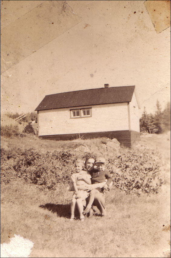 House of Joseph Budgell, (pictured) Walter Budgell, Floss and Alex budgell, Wild Cove