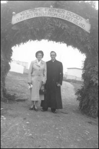 Father Doody and his mother on his return home after his ordination, Colinet Islands